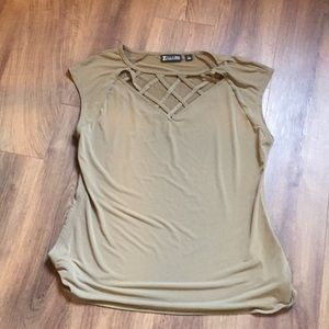 Women's size large cap sleeve top